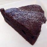 手作りケーキは、2~3種類を日替わりで作っています