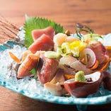各地の鮮魚や手作り豆腐、炙りステーキ等お酒が進む和食の数々。