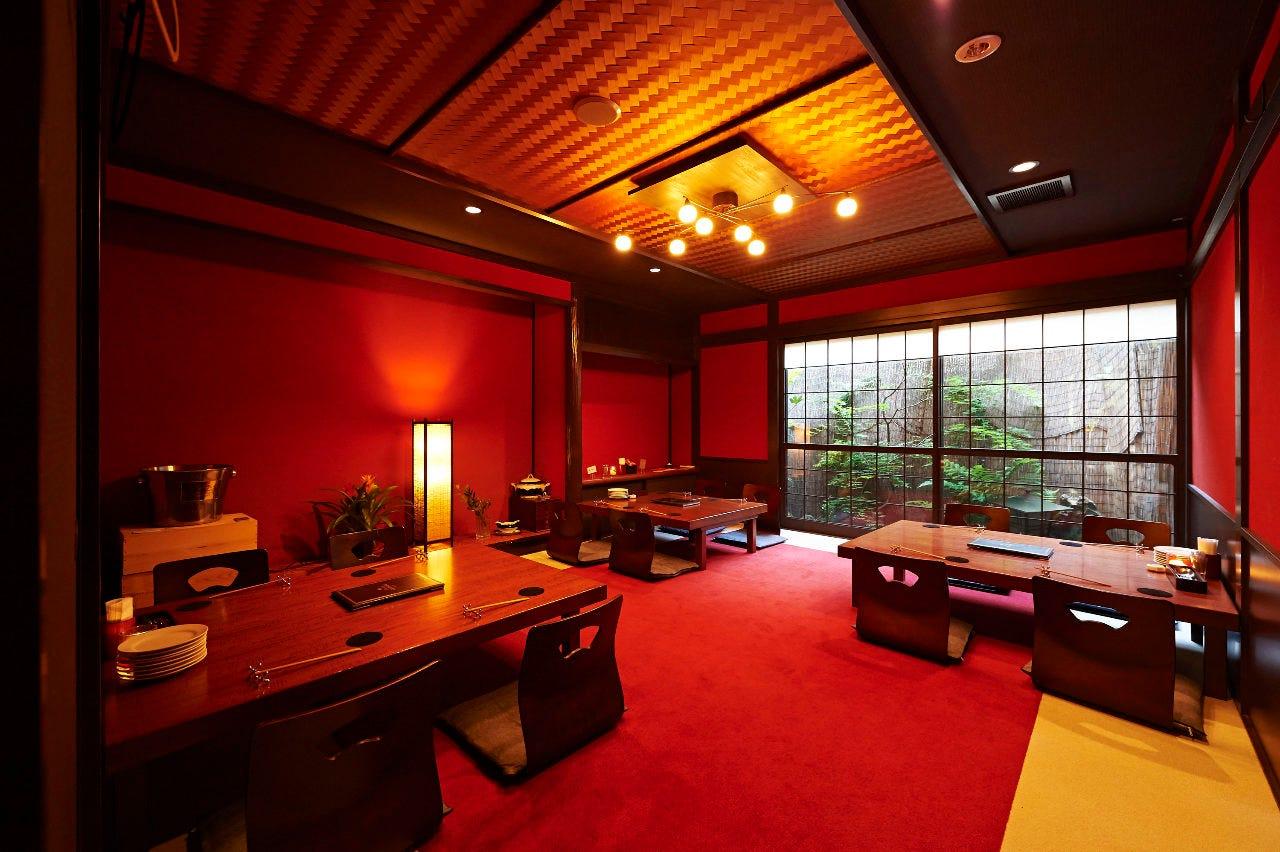 和洋折衷の快適な個室空間