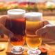カウンターで贅沢にビールで乾杯!