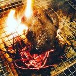 《おすすめ》養父鹿の炭火焼き(柿のピュレソース)