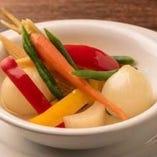 色々野菜の自家製ピクルス