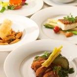 料理は、お一人お一人に一皿づつのコース形式で、提供させていただきます