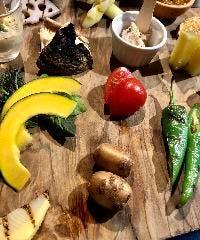 【オススメ】厳選旬野菜の盛り合わせ