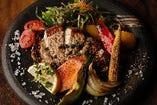 アボカドポークのペッパーステーキ
