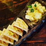 自家製リコッタチーズのハチミツがけ(クラッカー付き)