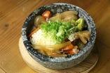 【オススメ】石焼おこげの野菜あんかけ