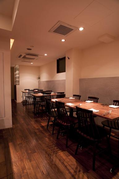 レストラン OKADA  店内の画像
