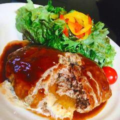 名物!肉汁ハンバーグ定食(デミグラス or  和風おろし)