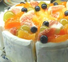 フルーツたっぷりのショートケーキ