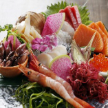 新鮮な魚介は是非お造りで *宴会コースでも楽しめます*