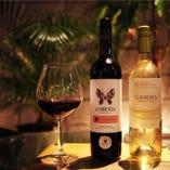 ボトルワインは1200円から常備♪スタッフオススメワインをどうぞ