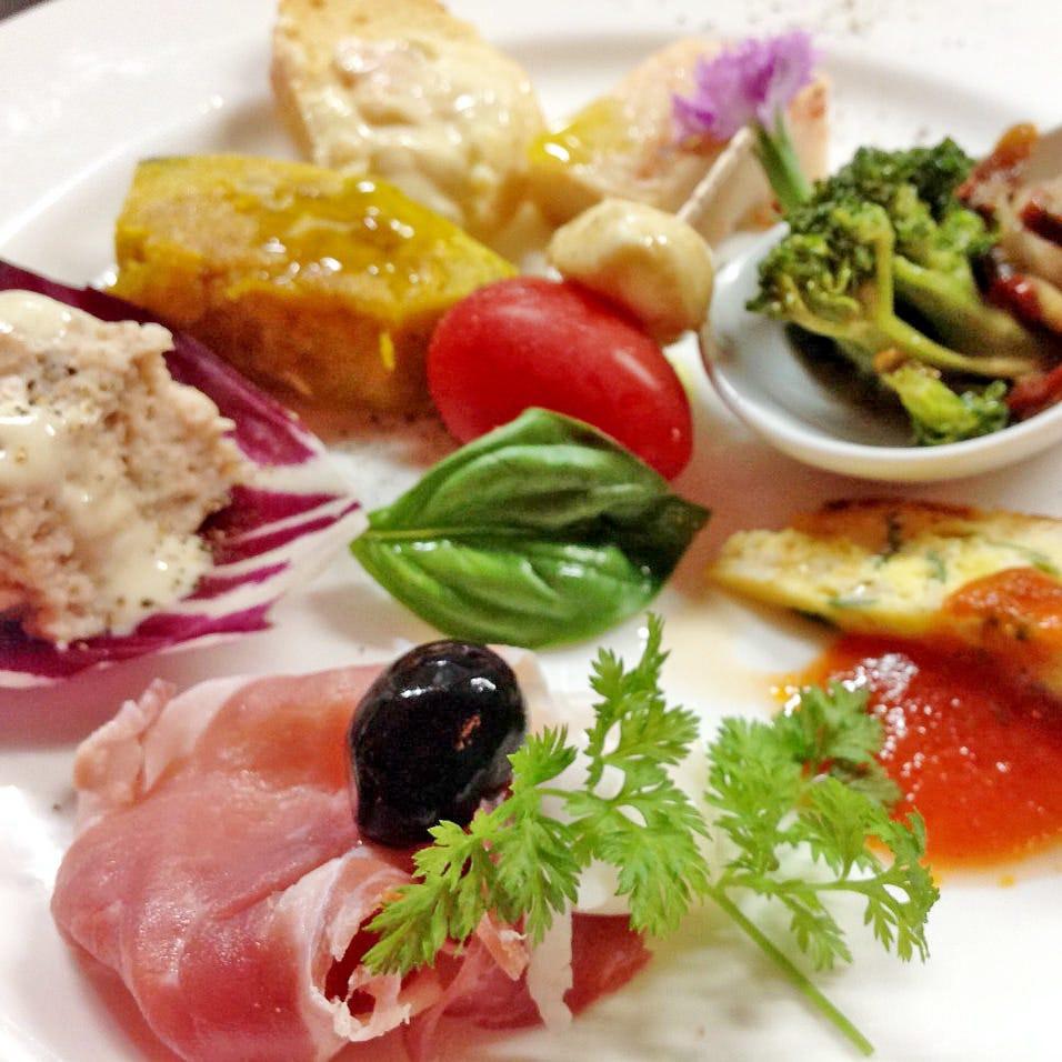 産地直送の食材を使用、地中海料理を楽しめるコース4500円~!!