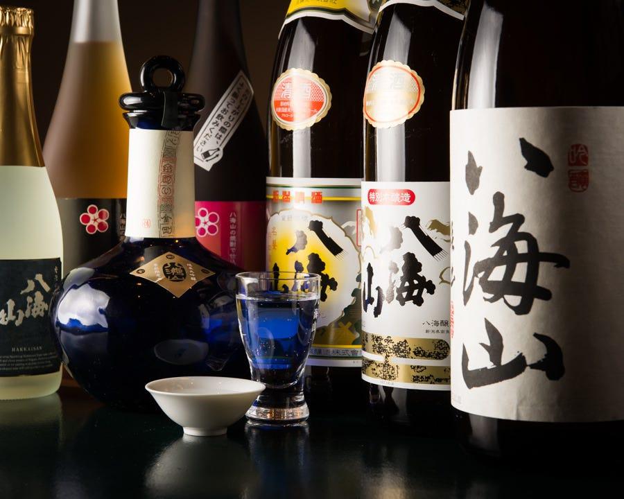 南魚沼市六日町の酒蔵、八海醸造の日本酒は全て揃えております