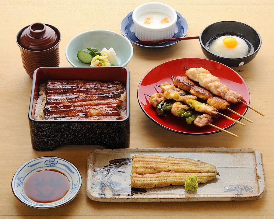 鰻を堪能されたい方に。 うな重と素焼きを召し上がり下さい。
