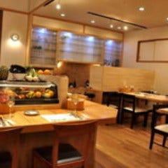 カフェ&レストラン ぺリーズバー  店内の画像