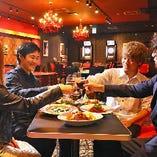 お食事とご一緒にカジノゲームが楽しめます★もちろん、食べるだけ・飲むだけもOK。