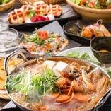 料理長が厳選した産地直送の食材の数々。素材の旨味を生かしたお酒にピッタリの創作料理を多数ご用意。
