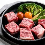 大切に育てられ生まれる美味しい肉【秋田県大館市比内町】