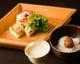 食前酒と白粥から始まる「さか本」の料理