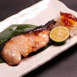 京麹味噌漬け 自店で味噌床をブレンドして一切れずつ漬込みます。日本酒に合うんです。