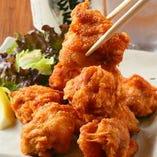 銘柄鶏「但馬鶏」は、タタキや唐揚げにしても旨み濃厚