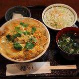 特製!! 親子丼(サラダ・香・みそ汁付)