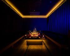カラオケ付き完全個室VIPルーム