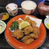 当店人気の国産鶏を使った柔らか熱々美味しい唐揚げ*御膳