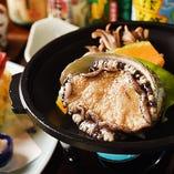 活えぞ鮑の陶板踊り焼き御膳伊豆に来たら海鮮食べましょう。