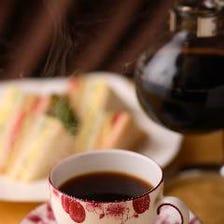 珈琲、紅茶、ハーブティー、ソフトドリンク