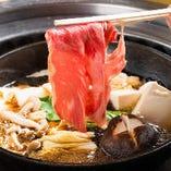 すき焼き食べ飲み放題はお肉のグレード3種から選べて3,280円~