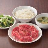 A5仙台牛の美味しさ納得 「カルビセット」!