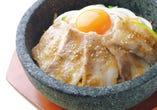 豚塩カルビ石焼ビビンバ