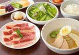 ひがしやまの人気商品が楽しめる!★ソフトカルビ&冷麺セット★