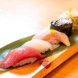 コースでも単品でもしっかり楽しめるお寿司は必見