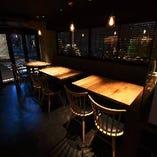 グループのお客様には、テーブル席もご用意しております。