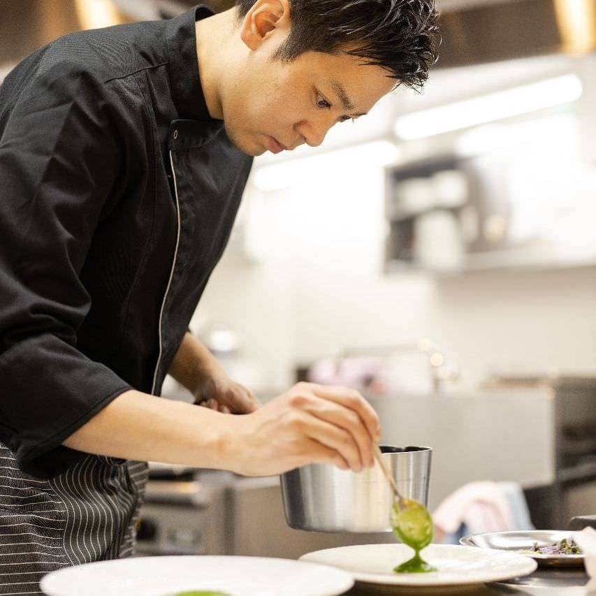 心地よい食の場を目指す吉村シェフ