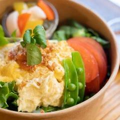 明太子と半熟卵のポテトサラダボール