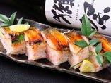 網元のサバを使った焼きサバ寿司!売り切れ御免の1品。