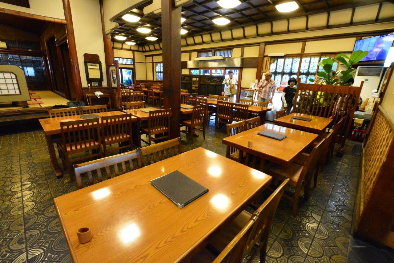 【食堂1階】 『大正ロマン漂う食堂』