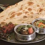 5、タンドリーチキンと2種類のカレーセット -Tandoori Chicken & Two Kinds Of Curry Set-
