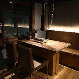 【2階テーブル席|4名様席】いつも仲間の飲み会・女子会に。落ち着きのある空間