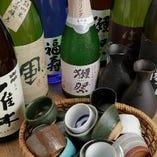 美味しい魚には日本酒が合う!プレミアム地酒もございます。