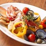 北海道食材のアクアパッツァ¥1800~季節により魚は変わります