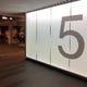 札幌駅と大通駅の間ぐらい。「5番」出口すぐ横の敷島ビルB1!