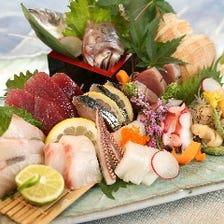 豊洲から毎日仕入れる鮮魚を盛合せで