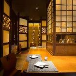 ◆竹アート×和空間◆ 雰囲気抜群の竹灯りが優しく輝く店内