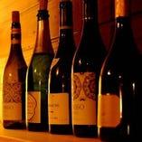 シェフソムリエが選ぶ厳選されたワインを適当な熟成状態で…