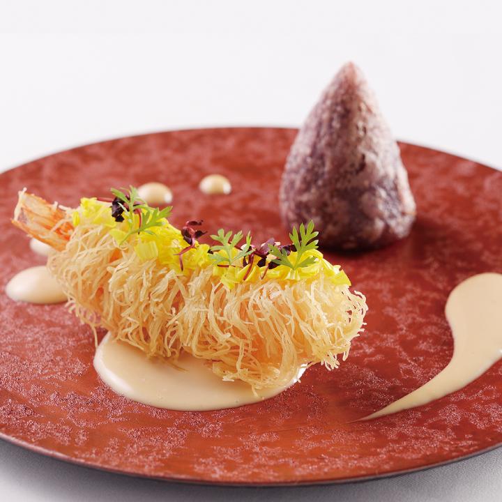 料理長が作るフレンチ×中国料理の創作中華料理。